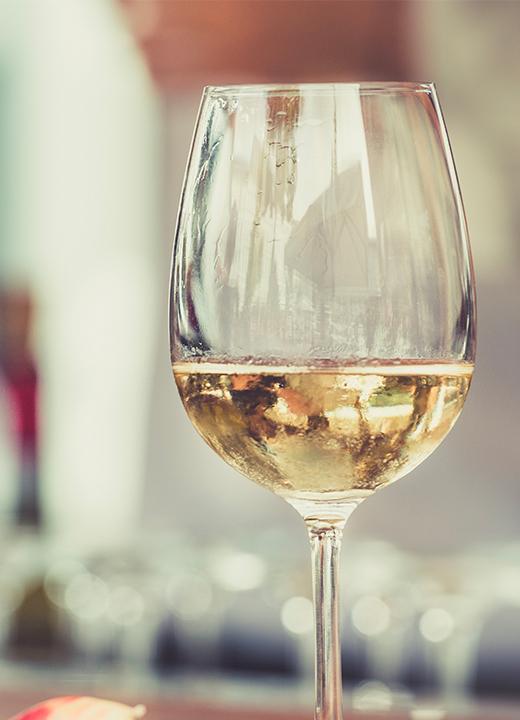 Sélection d'épicerie fine et de vins
